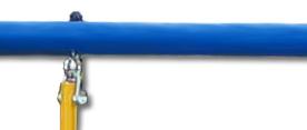 Стойки комплексов Kampfer выполнены из сплавов металла с повышенной прочностью диаметром 42 мм, Выступающие крепежные элементы закрыты пластиковыми заглушками